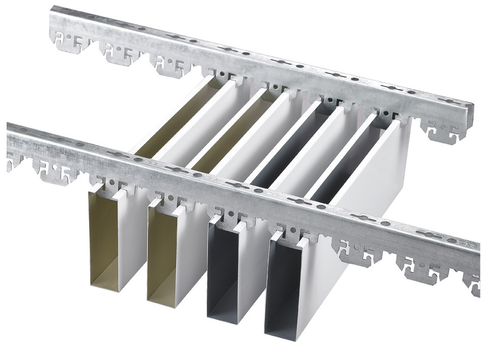 U aluminum Profile Screen Ceiling , Professional Factory For Aluminum Linear Strip Ceiling